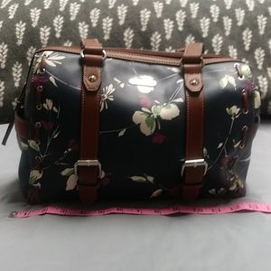NWOT Chaps Navy Domed Floral Purse